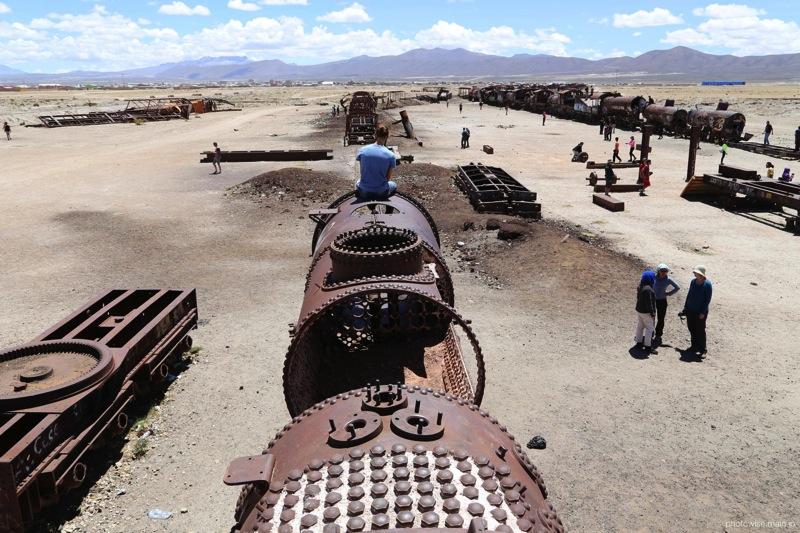 列車の墓場にて