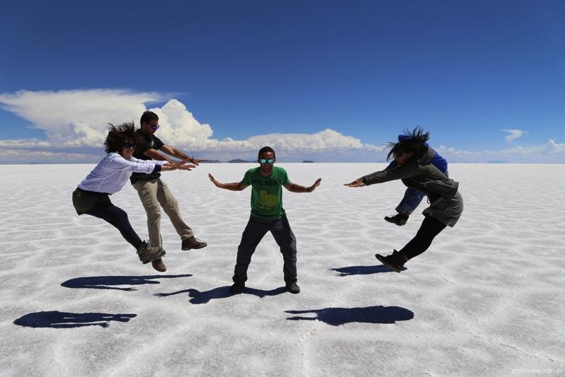 ウユニ塩湖でサイヤ人