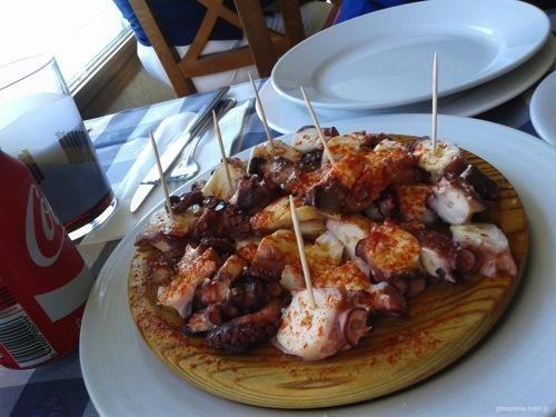 港町Combarroで食べた新鮮なタコ