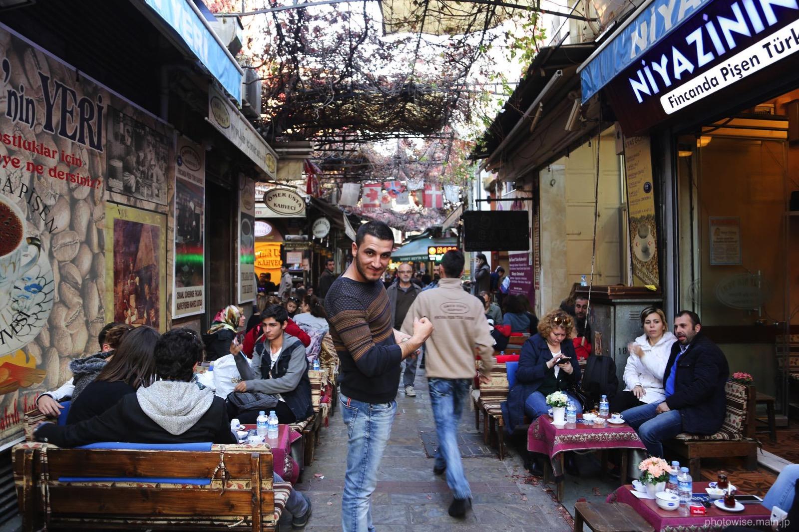 バザールにあるカフェ街