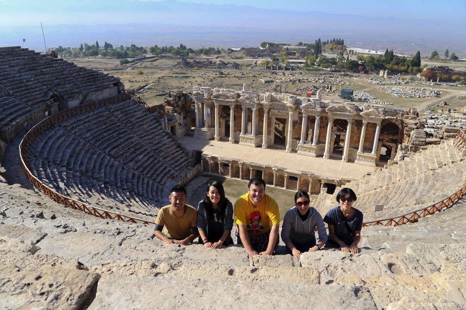 ローマ式劇場