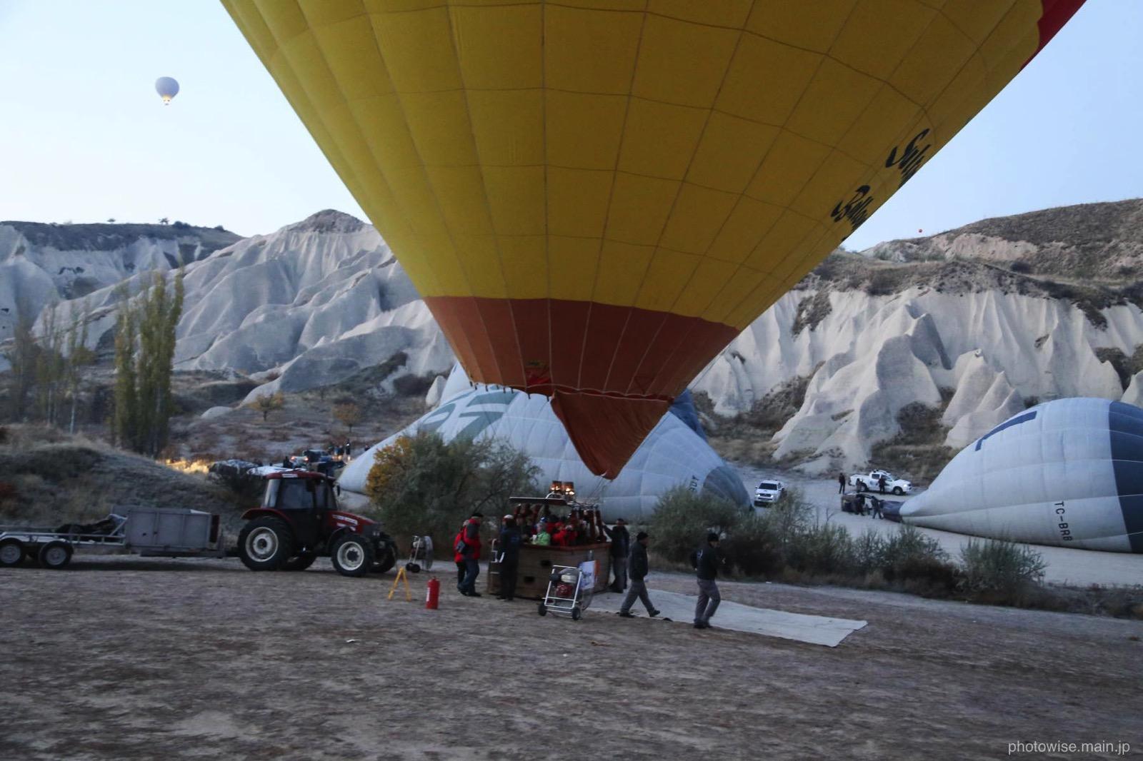 気球ツアー離陸