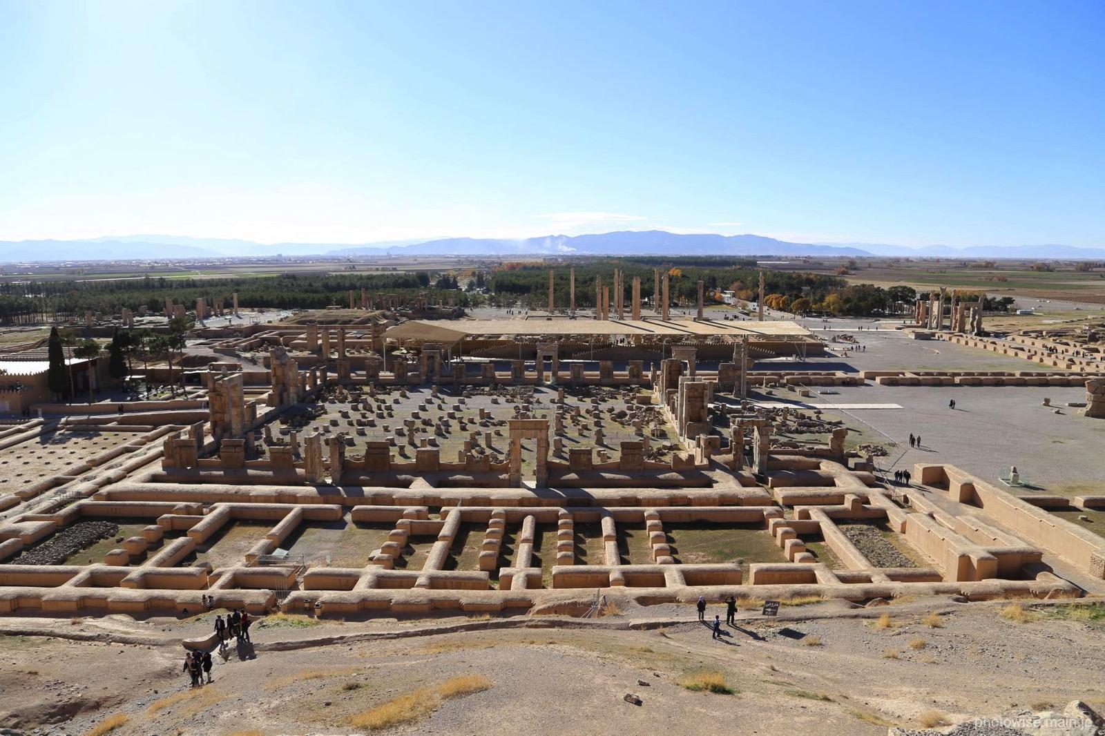 王の墓から見下ろしたペルセポリス