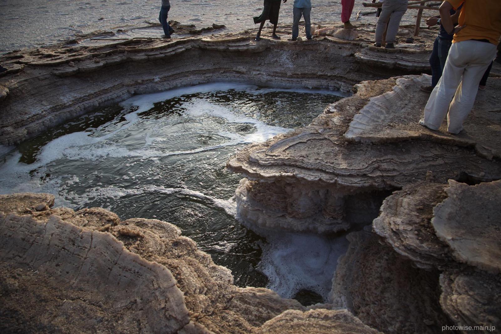 塩湖の温泉