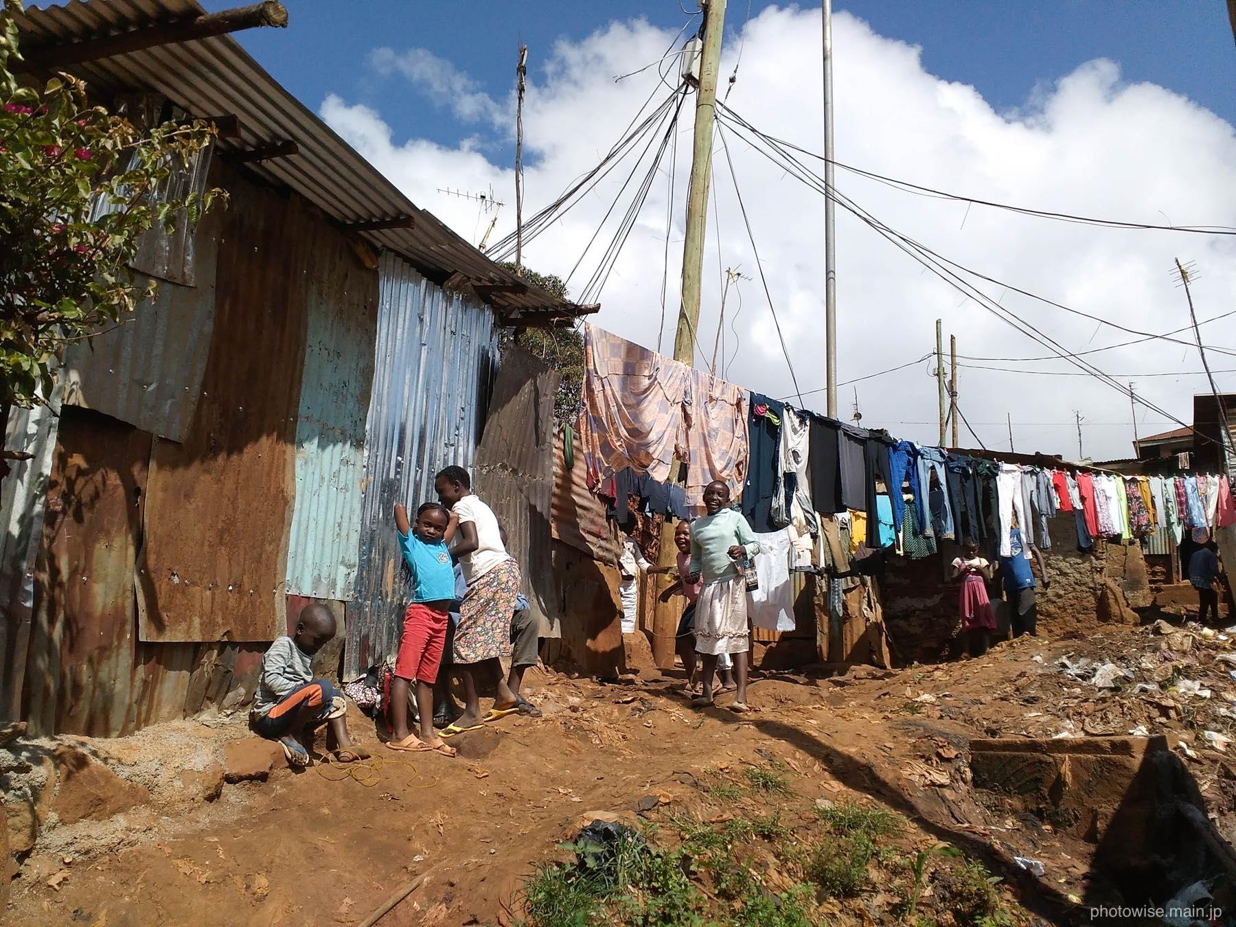 キベラの洗濯干し