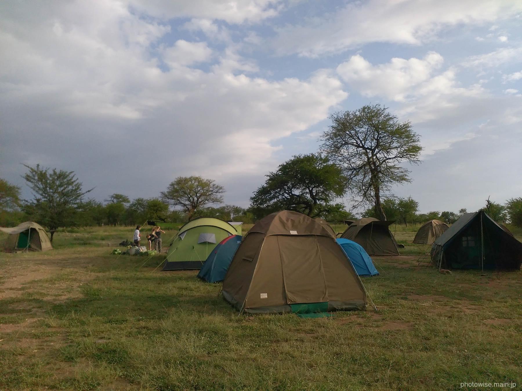 セレンゲティのキャンプサイト