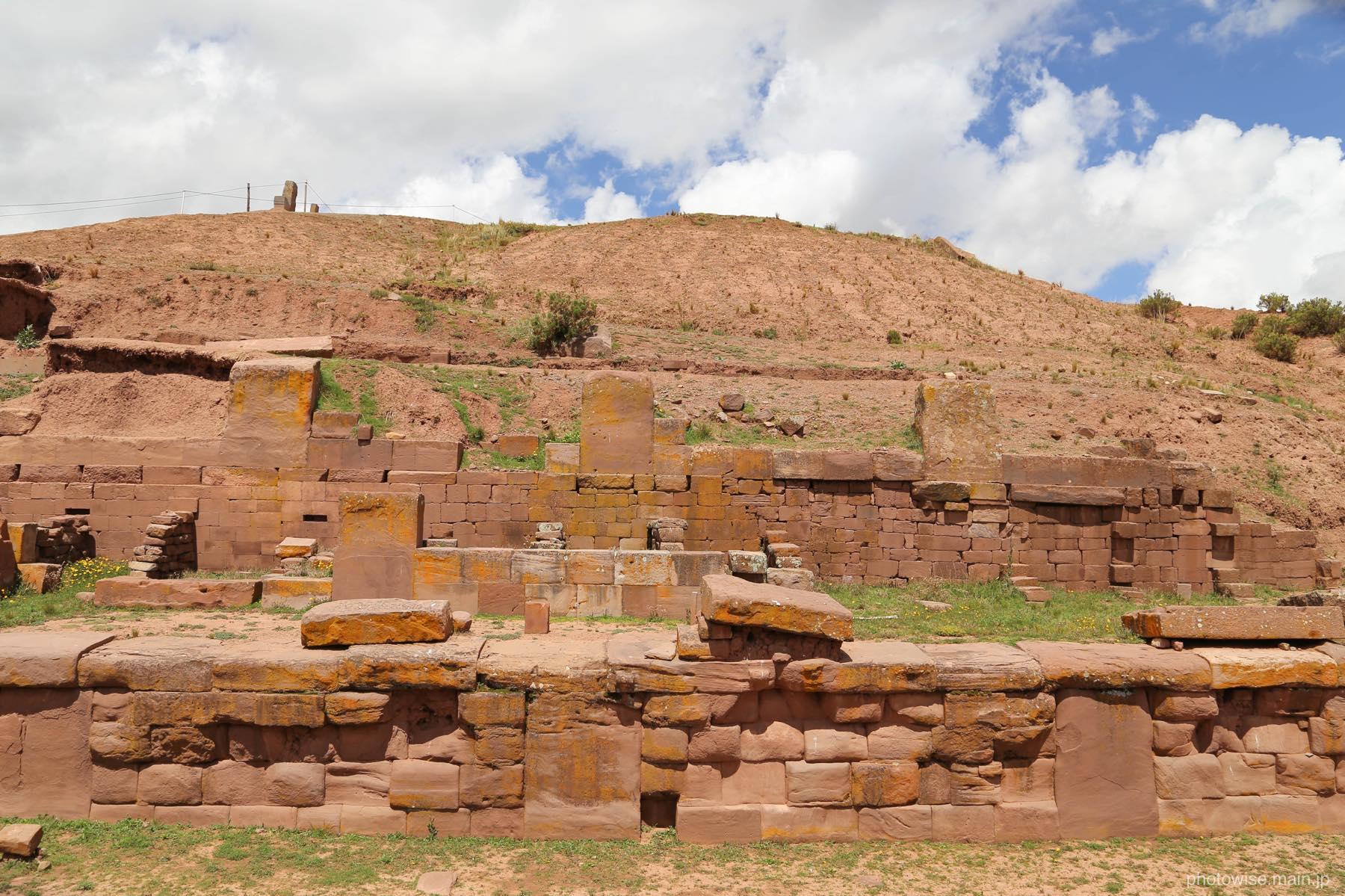 スペイン人によって破壊されたピラミッド