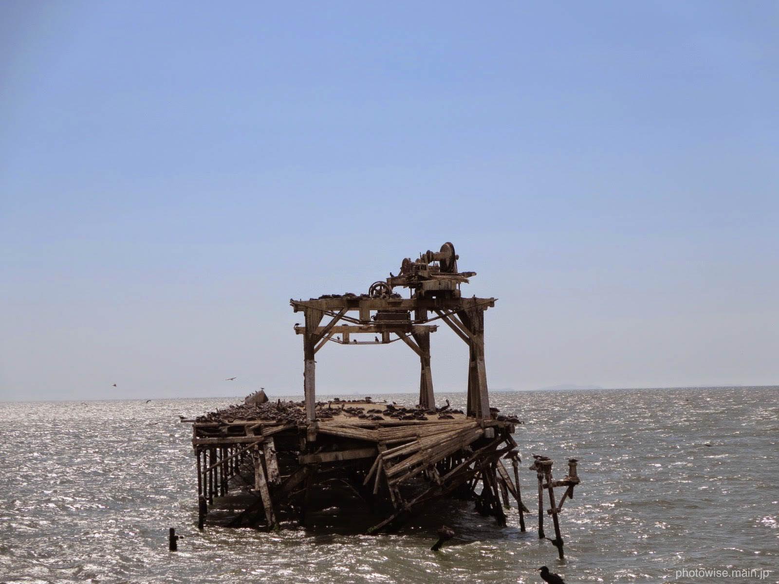壊れた桟橋