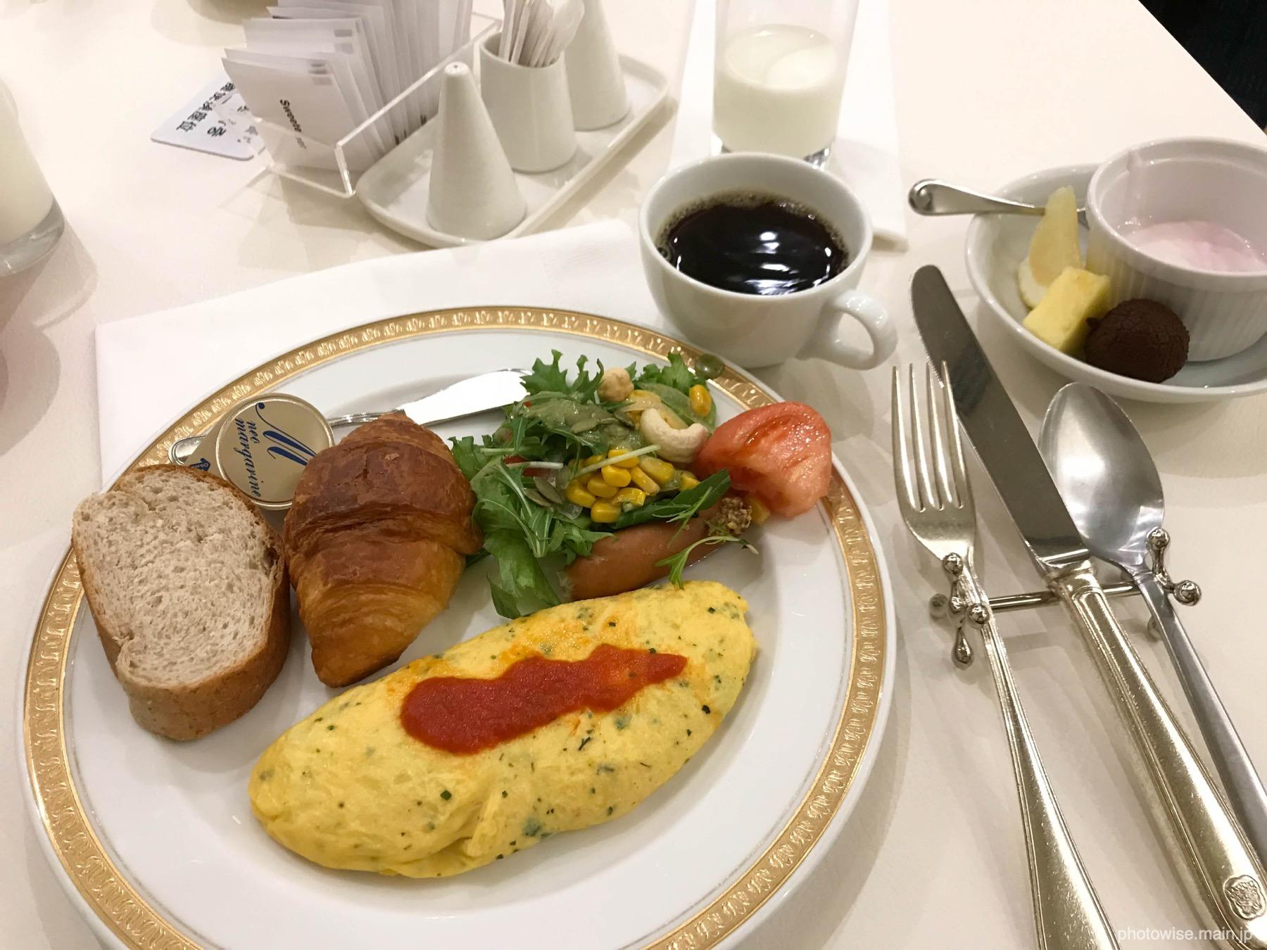 ANAクラウンプラザホテル沖縄朝食バイキング
