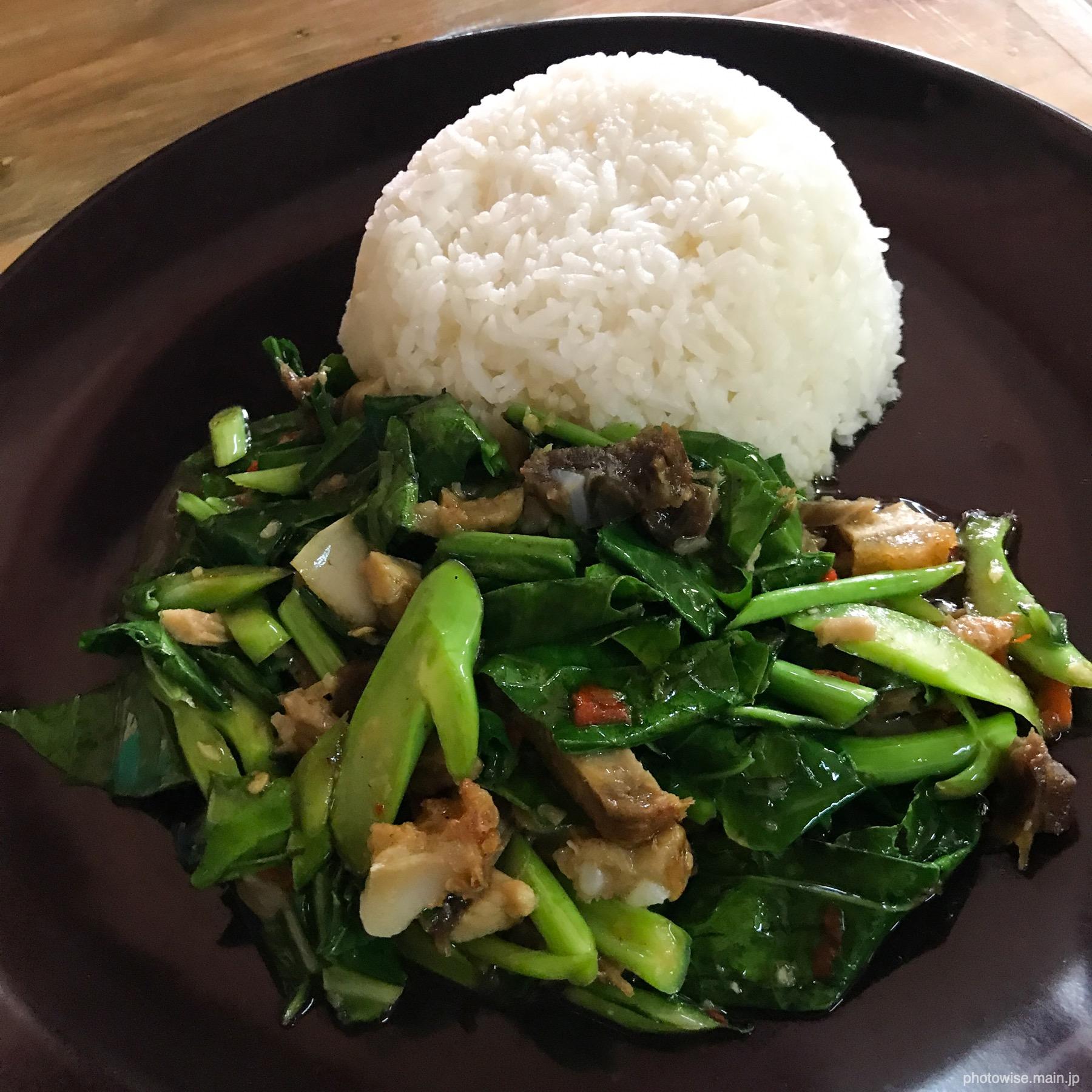 空芯菜と豚肉の炒め物