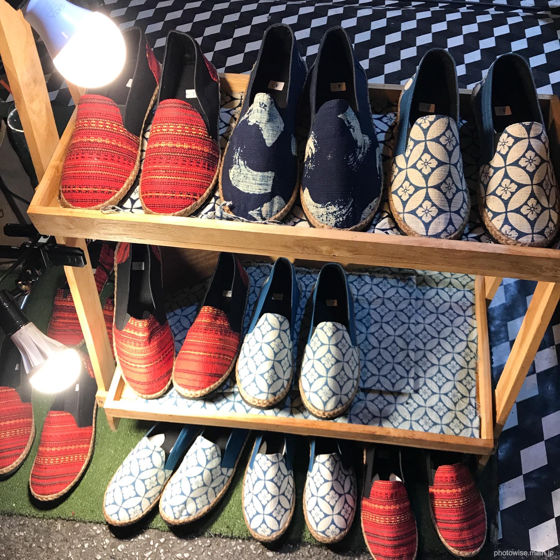 サタデーマーケットの靴屋さん