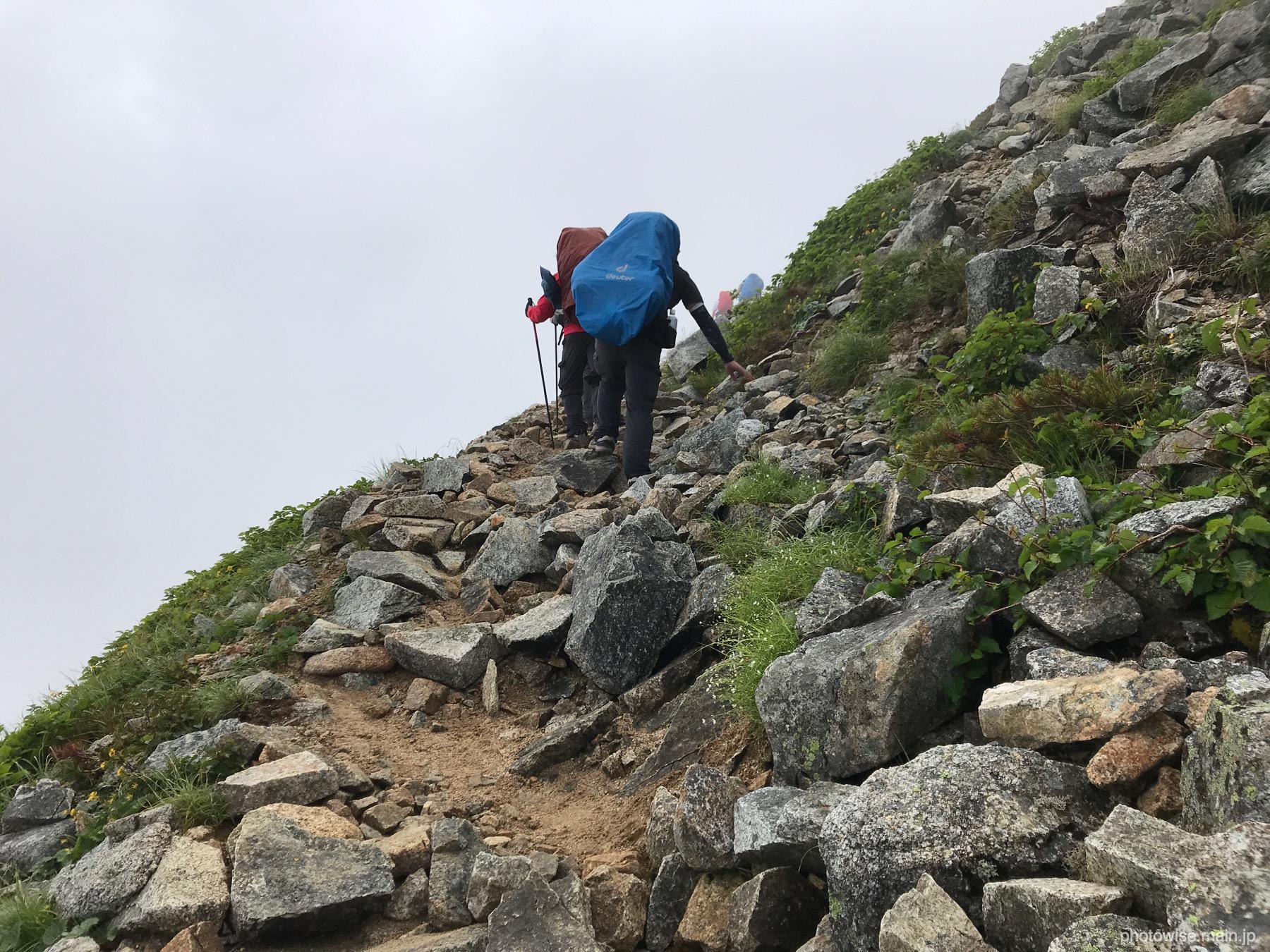 大天岳へ至る道
