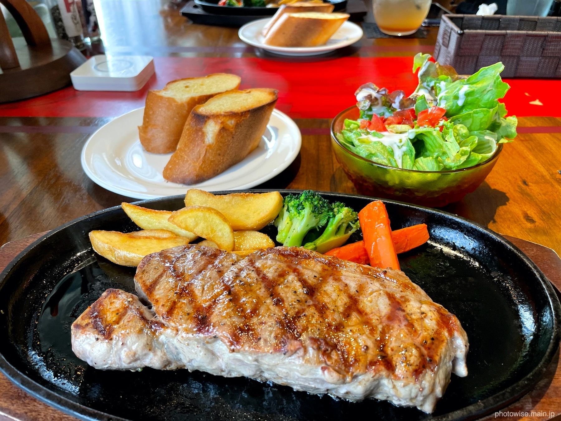 300gのステーキ